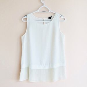 Ann Taylor Sleeveless Top with Ruffle Hem NWOT